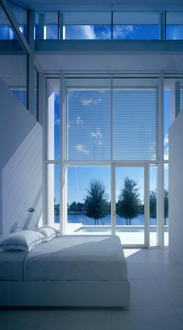 Richard Meier Architects... Neugebauer House   modern bedroom