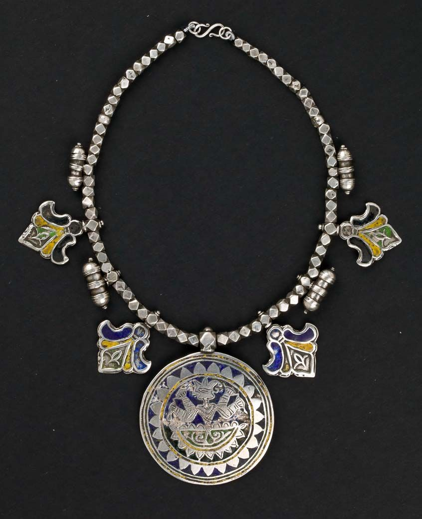Pakistan | Necklace from the first half of the 20th century | The pendent is decorated with three rich colours: yellow,turquoise and blue Cloisonne' varnish. In some traditional Pakistani jewels the blue colour is used as a substitute of the most expensive lapis.
