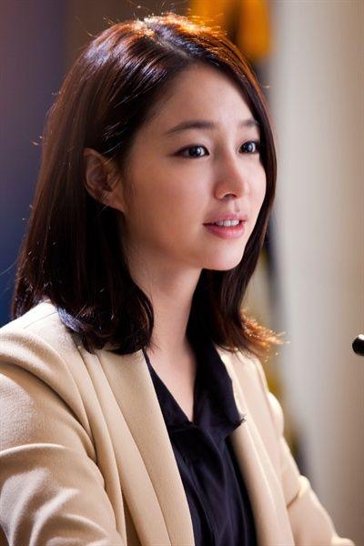 Lee Min Jung Brown Medium Side Part Straight Cute Asian Hair