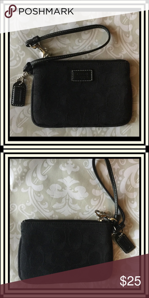 coach c signature wristlet in black pre loved excellent condition
