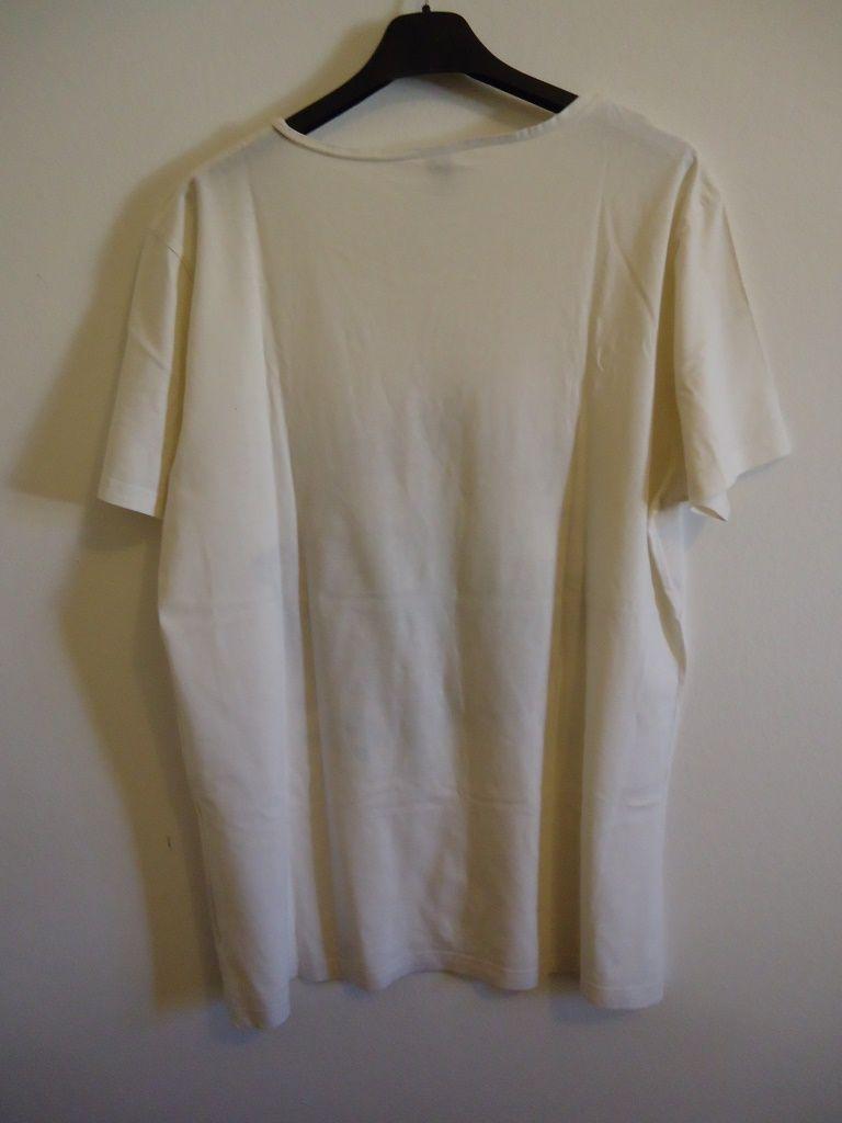 T-shirt CHEAP MONDAY - Fashion Street Style - Man Vintage - Urban Outfit Per info prezzi €:modavintage.info
