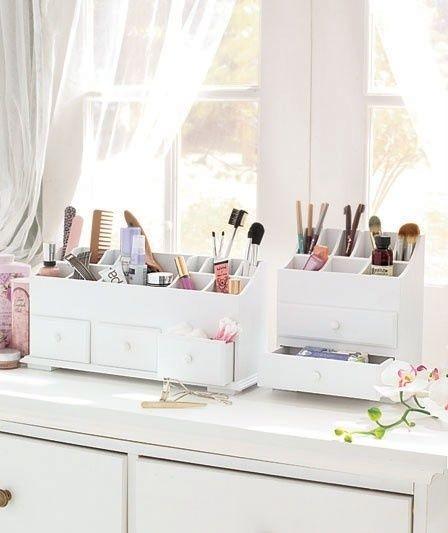 Amazing Cosmetic Storage