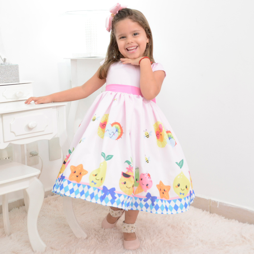061417b8f Vestido infantil festa das frutas, abelhinhas e sorvetes Atendimento via  whatsapp 062982694208 ou no site