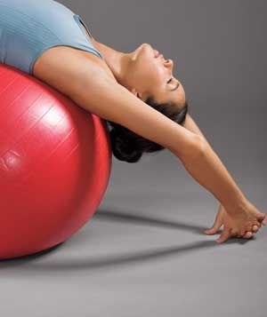 15 minute full body exercise ball workout...