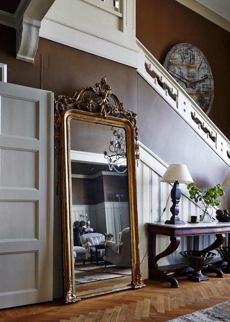 Pampig Och Valbevarad Nationalromantik Med Fransk Touch Hallway Mirror Large Wall Mirror Mirror Wall