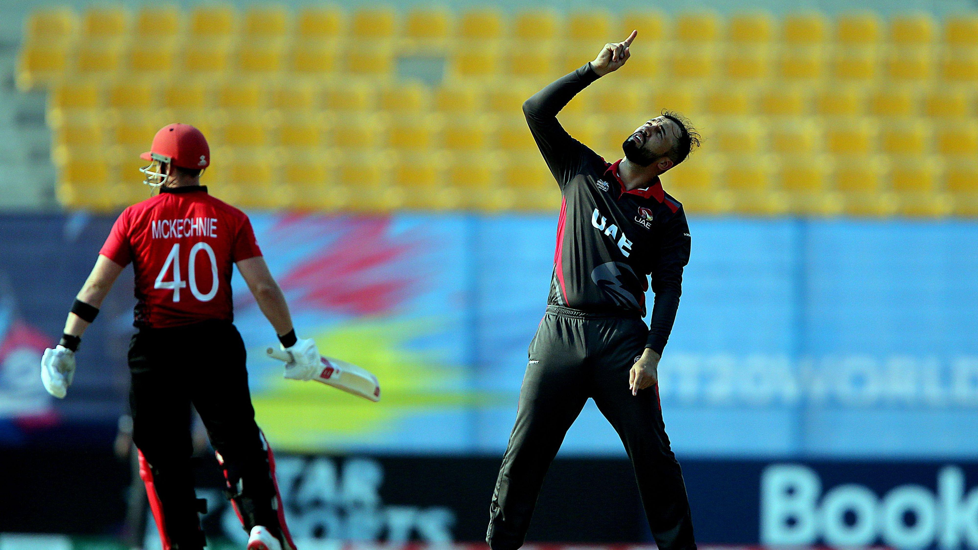 2020 T20 World Cup Qualifier Rohan Mustafa Stars Again As Uae Thump Hong Kong To Jump Into Top Spot World Cup Qualifiers World Cup Cricket Score