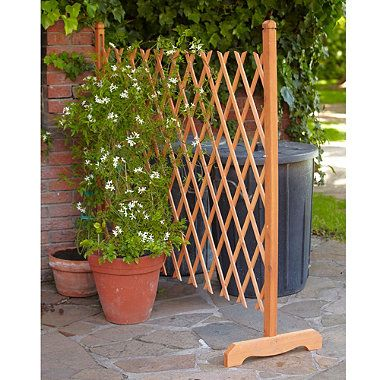 Free standing lattice fence freestanding expandable for Free standing fence diy