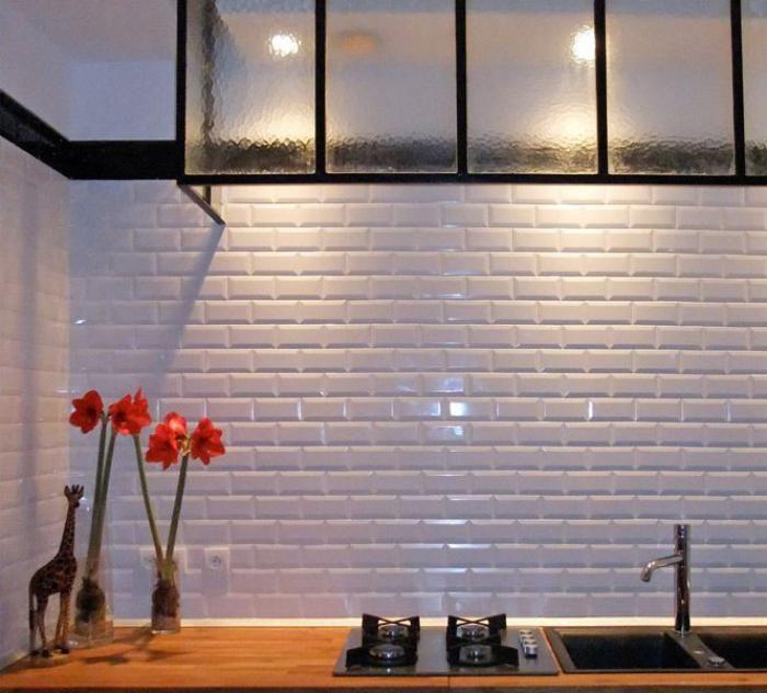Le carrelage blanc brillant - une décoration murale parfaite ...