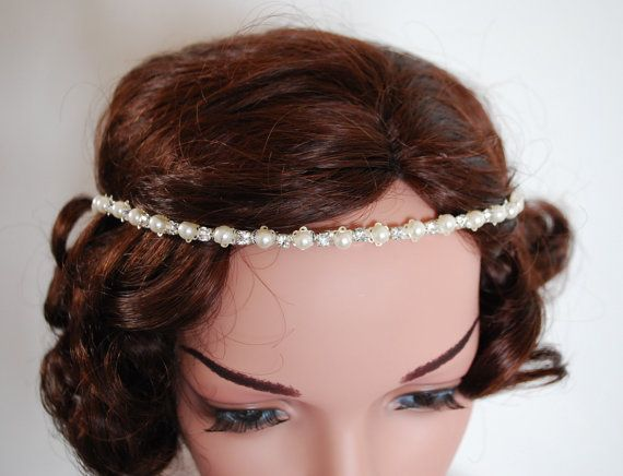 Pearl Bridal forehead jewellery Pearl forehead band for a wedding.
