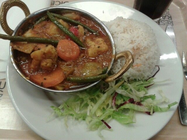 Vegan - Rice, salad and a vegetable curry.