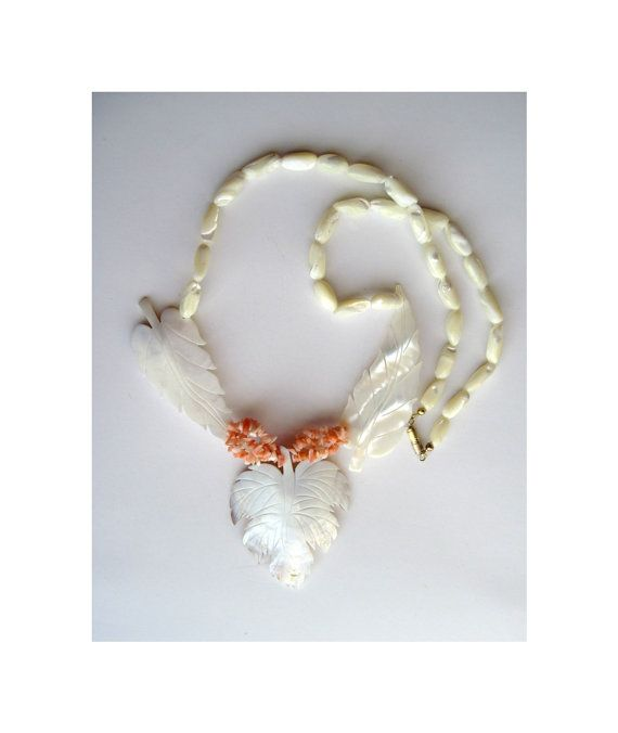 Mother Of Pearl Bib Necklace Stunning Vintage by LovesParisStudio, $32.00