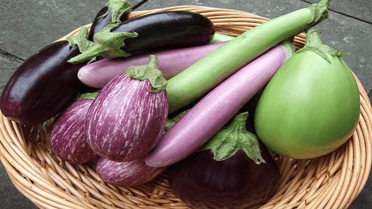 ما تفسير قطف الباذنجان في المنام الباذنجان الباذنجان في المنام تفسير ابن سيرين تفسير النابلسي Vegetables Eggplant Food