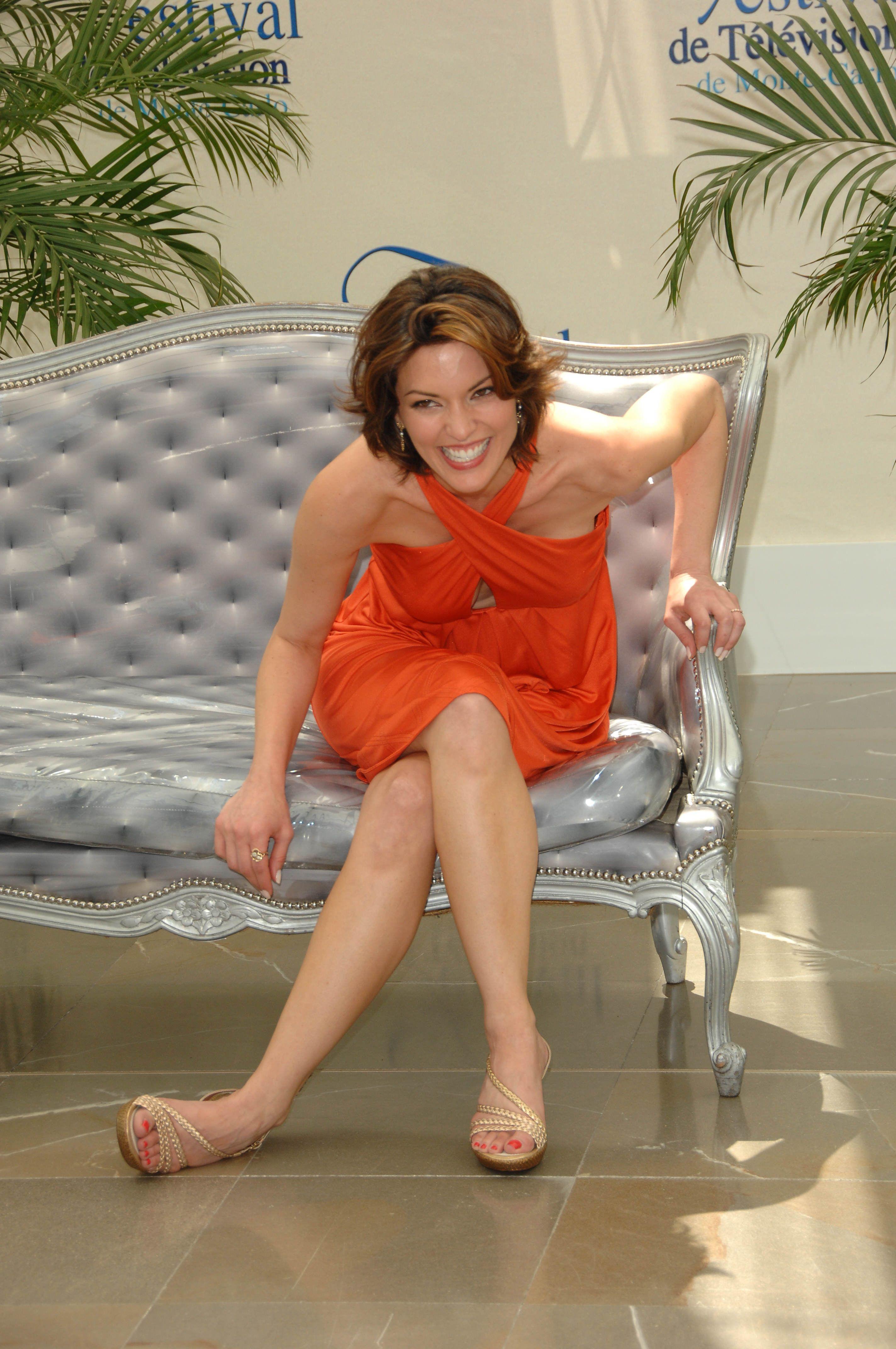 Alana De La Garzas Feet Wikifeet Tv Crushes Fashion