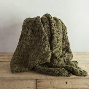 Muschio Ully Blanket by Avec Arcade