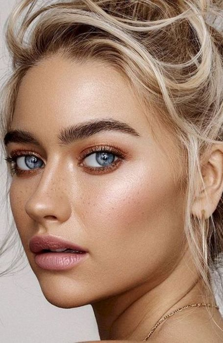 18 Most Gorgeous Prom Makeup Looks - The Trend Spotter