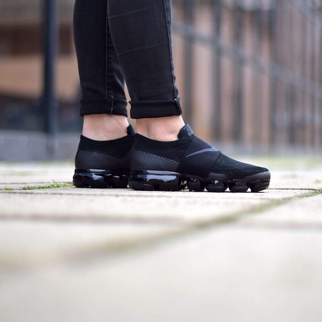 c27a4e1aef171 Nike W Air Vapormax Moc Black Anthracite . Disponible Available  SNKRS.COM