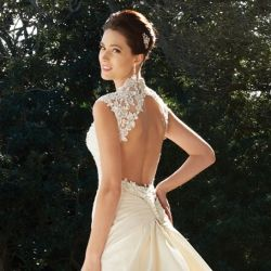 Open back? Tricky neckline? Learn what to wear UNDER your wedding gown! (photo via Sophia Tolli)