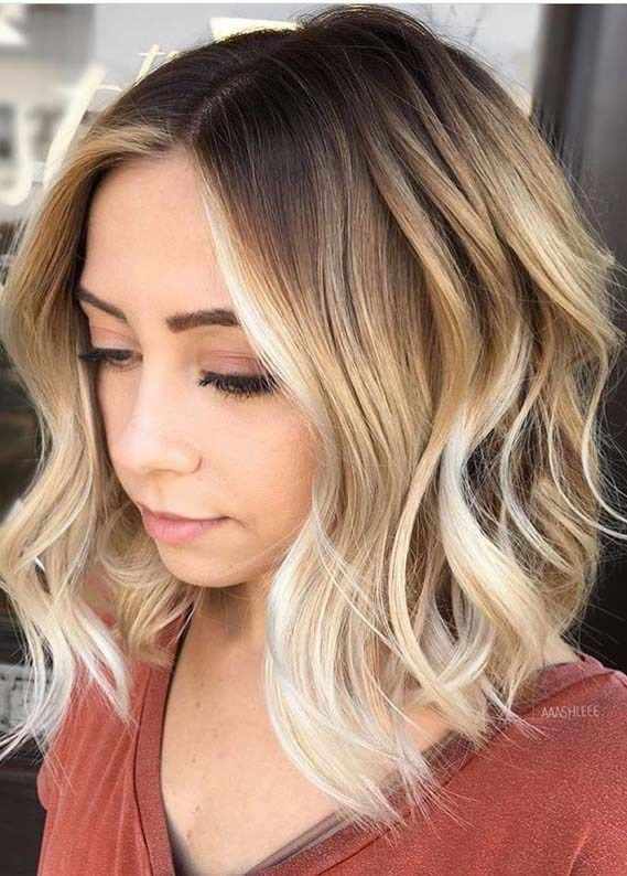 Bright Balayage Highlights With Dark Roots For Women 2019 In 2020 With Images Hair Styles Short Hair Color Hair Styles 2017