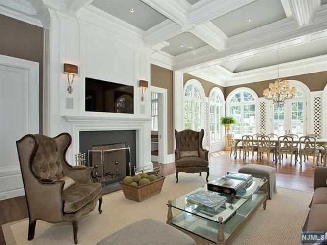 Sold Or Expired 59086276 Stone Mansion Rich Home Home