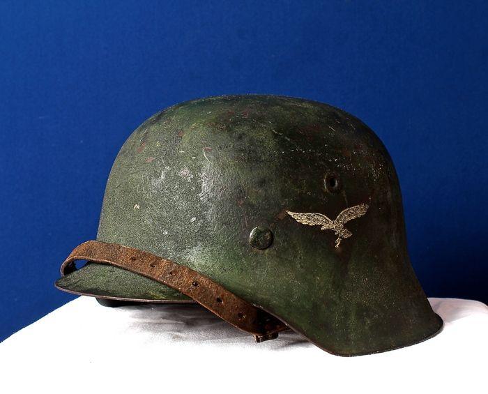 Originele Duitse luftwaffe helm met Luftwaffe Decal - 1942