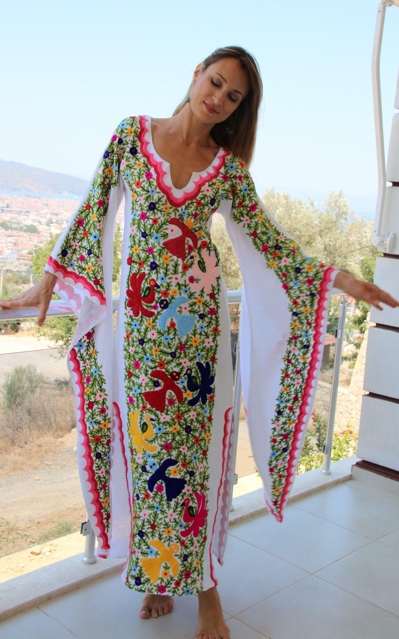 Resort Wear Dresses with Sleeves