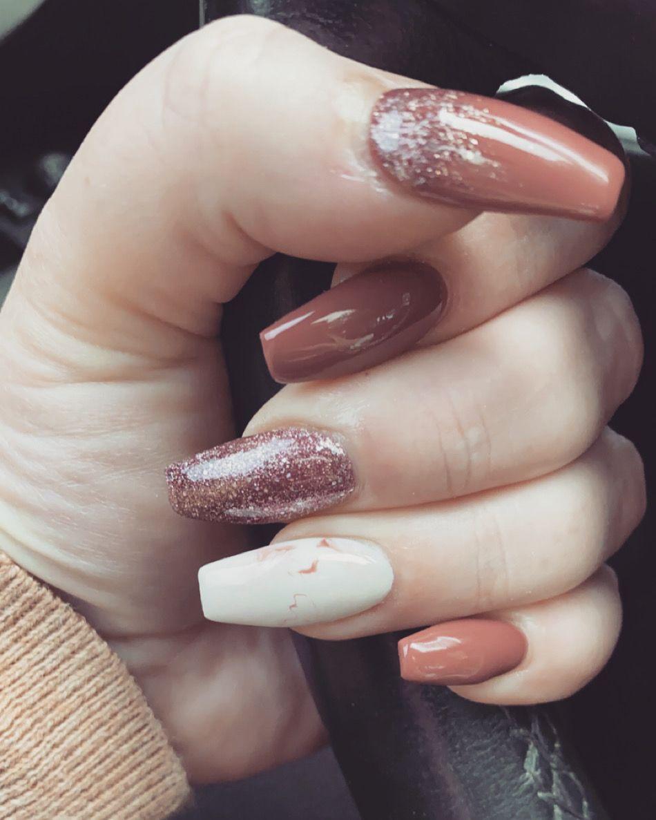 #nails #fallnaildesigns #allthatglitters #coffinnails