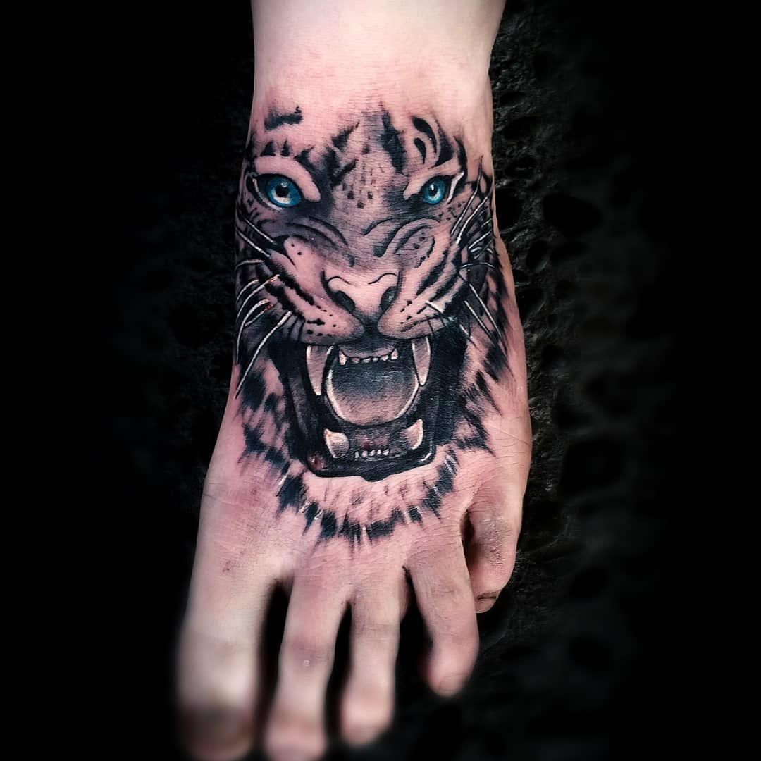 Hope you all are doing ok with the lock down  We will be back in action soon as possible  #inkedmafia #toptattooartist #thebesttattooartist #inkfreakz #inkgeekstattoos #tigertattoo #inkedmagazine #inkjunkeyz #inkmaster #tattooenergymagazine #tattoooftheday #tattoolifemagazine #tattoomagazine #worldwideinkmag #ezcartridgecouk #blackngreytattooartist #blackngreysociety #blessed #blackandgreyallday #inkedlifestyle #inkedmag