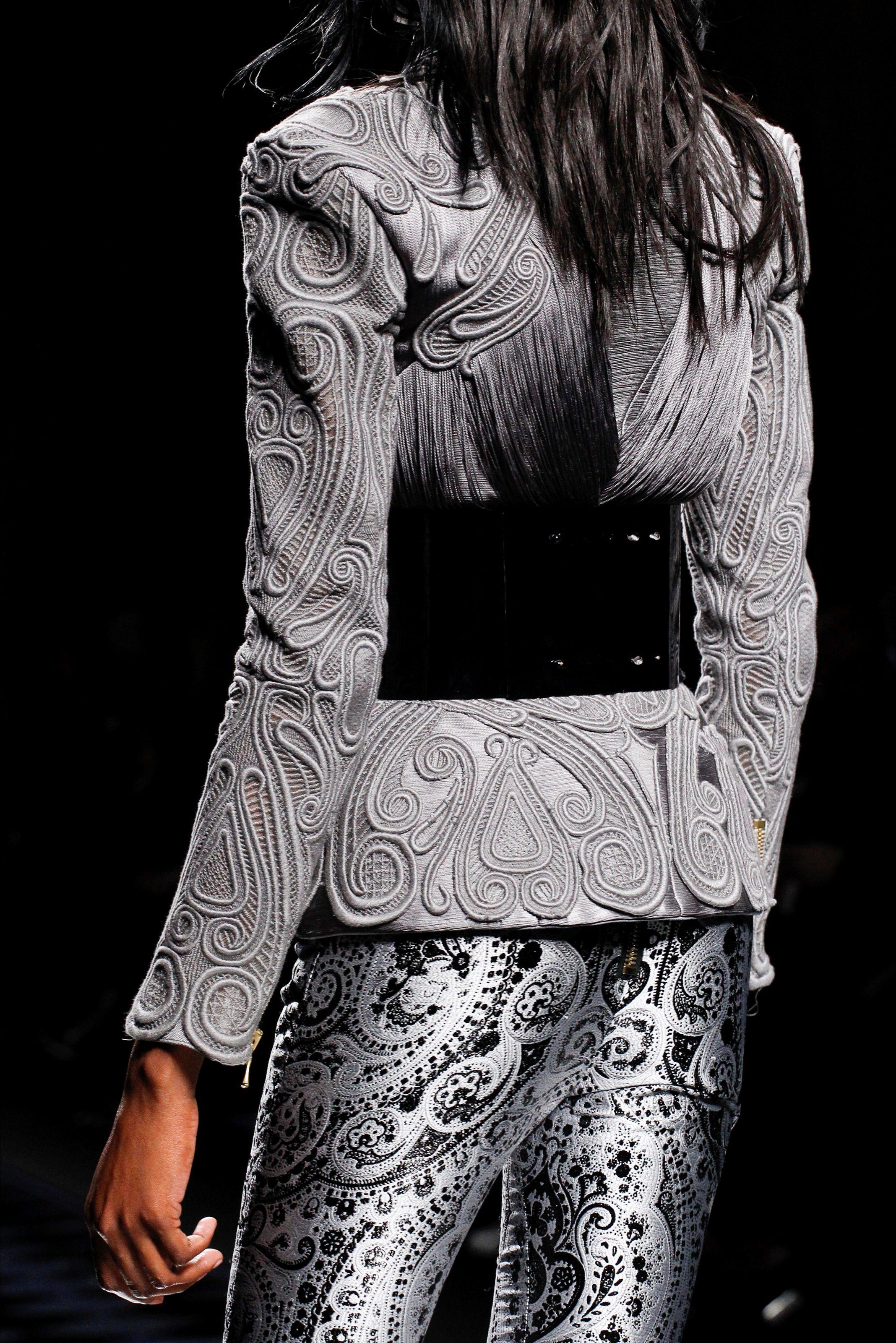 Balmain Parigi - Pre Spring 2013 - Shows - Vogue.it
