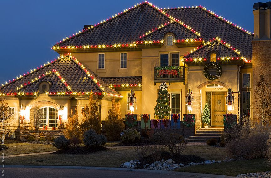 Outdoor Christmas Lights Ideas For The Roof Christmas Lights Etc Roof Christmas Lights Red Christmas Lights White Christmas Lights