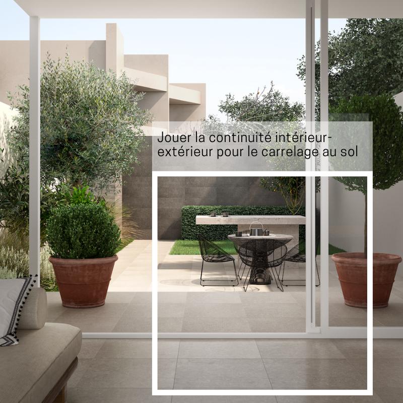 Jouer la continuité intérieur-extérieur pour le carrelage au sol en 2020   Carrelage sol, Sol ...