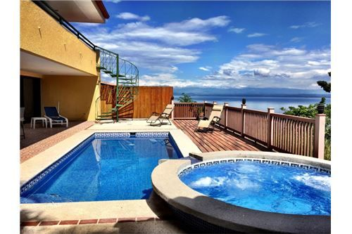Punta Leona ocean view house