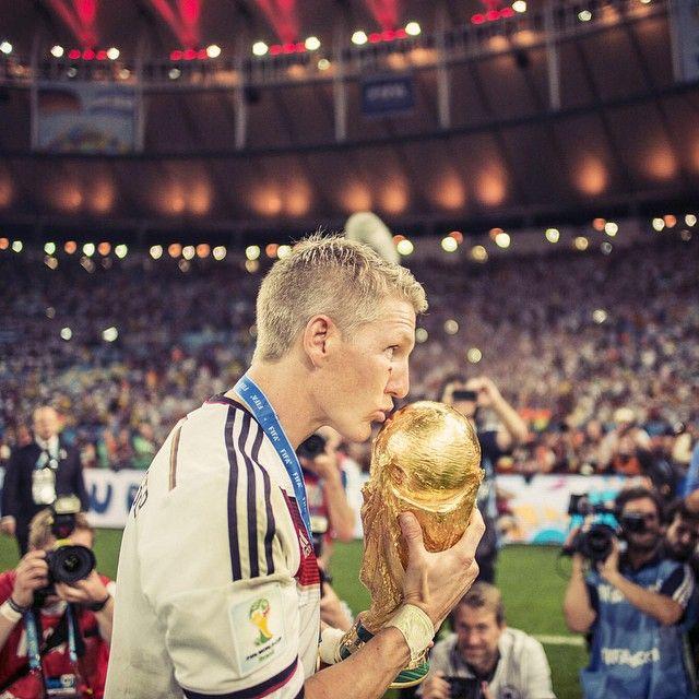 Timeline Photos Bastian Schweinsteiger Facebook Bastian Schweinsteiger German National Team Schweinsteiger
