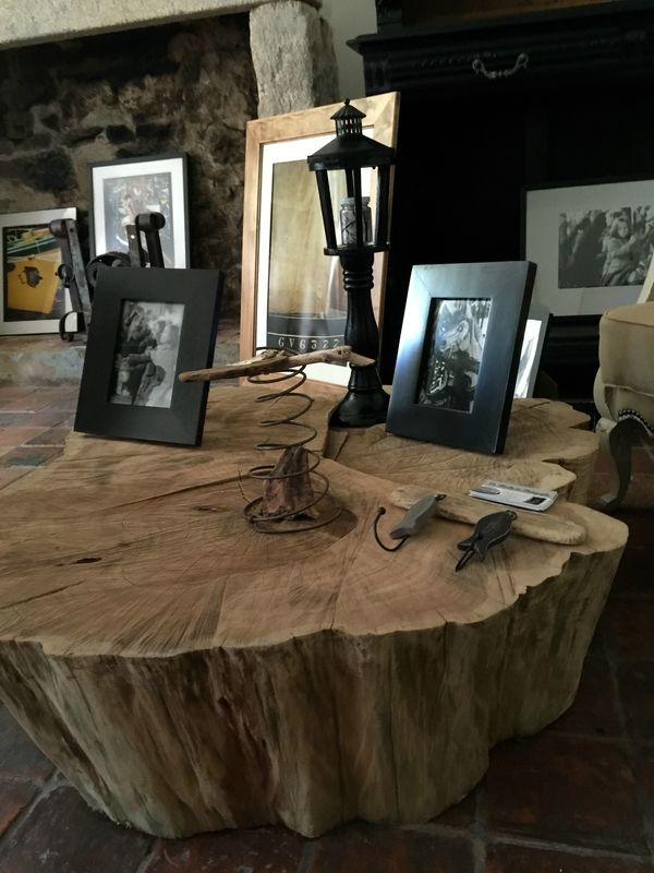 un tronc d 39 arbre devient table basse recyclage et cie projets essayer tree stump. Black Bedroom Furniture Sets. Home Design Ideas