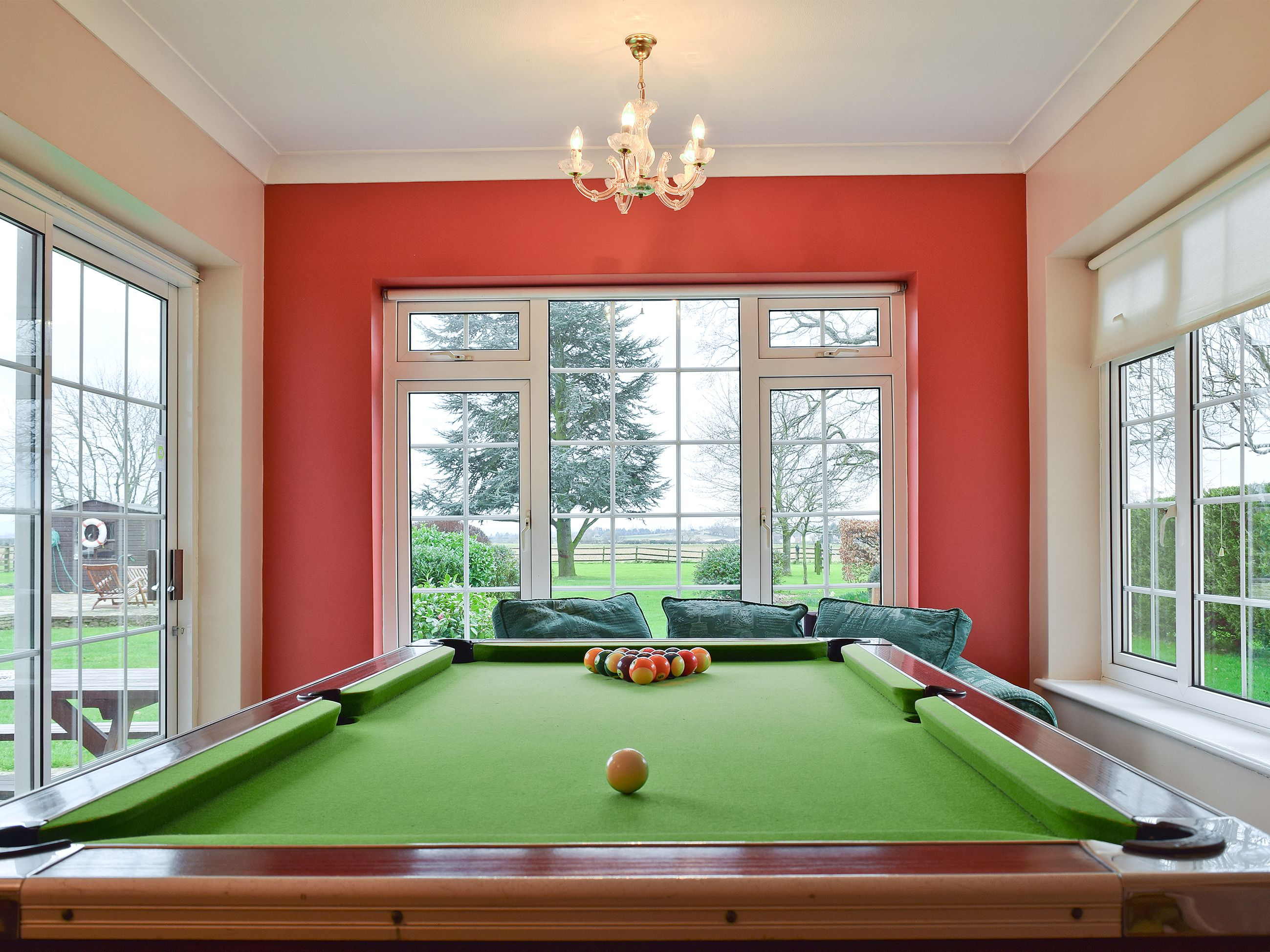 Enjoy The Fullsize Pool Table In The Games Room Ideal For Groups - Ideal room size for pool table