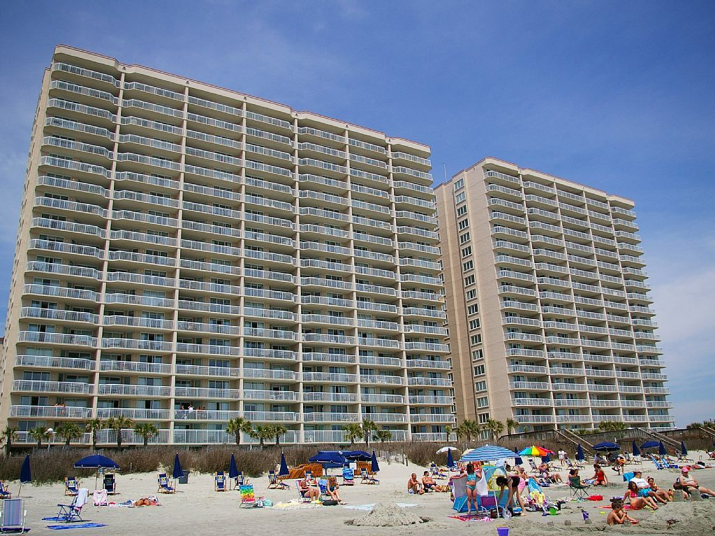 Crescent Shores North Myrtle Beach Oceanfront Resort With 2 3 And 4 B North Myrtle Beach Vacation Rentals Beach Condo Rentals Myrtle Beach Vacation Rentals