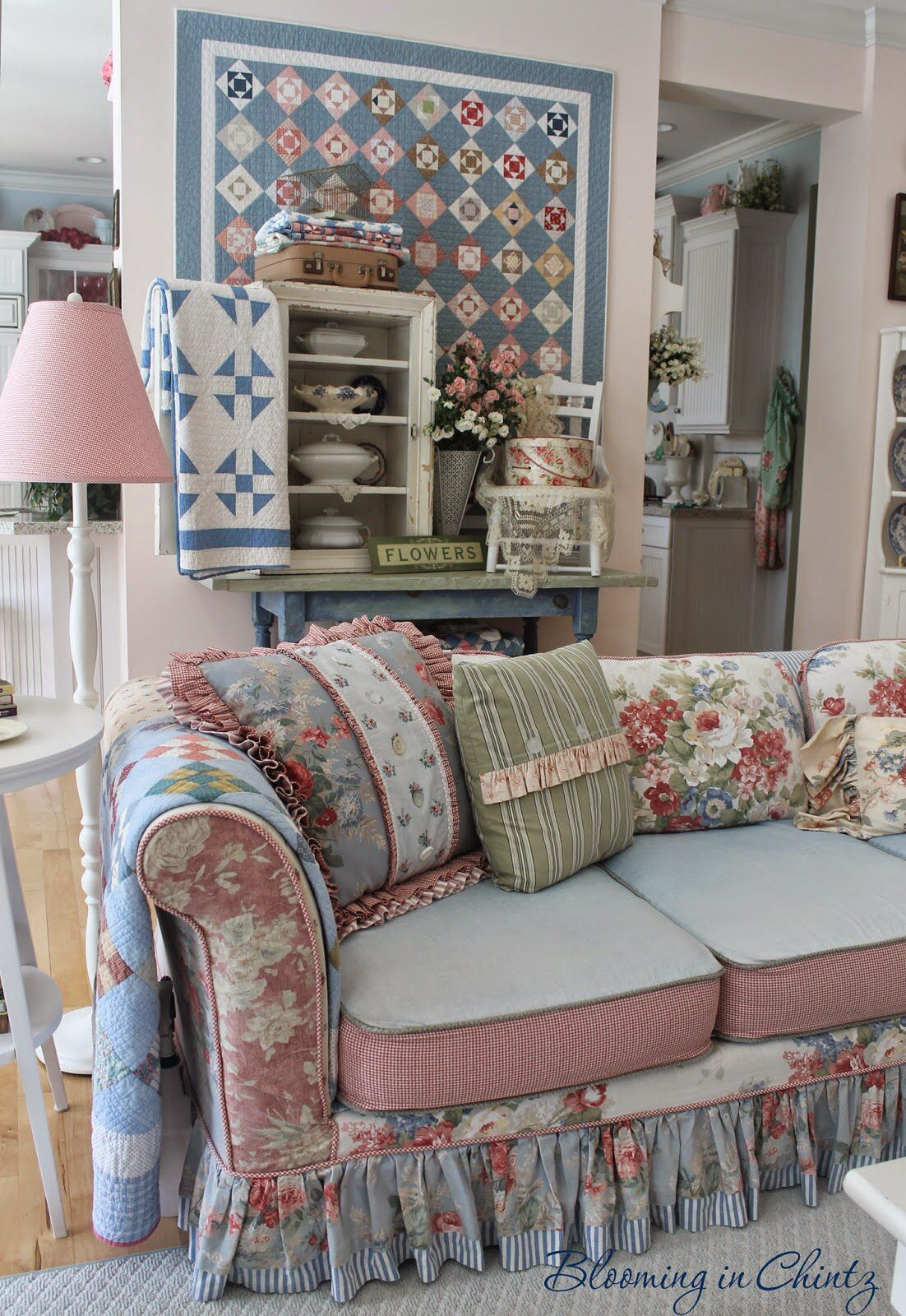 Ideas For My Living Room Floral Print Pillows With Blue