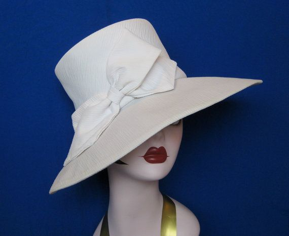 Vintage Large Brim Wide Brim Ivory / Cream / by Susansfavourites, $19.00