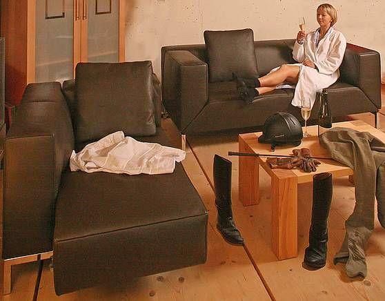 Das Sofa Longueville ist bei uns gerade besonders günstig, weil - wohnzimmer couch günstig