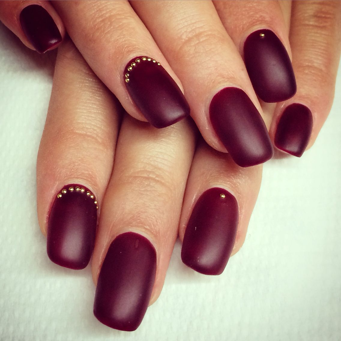Mat Bordeaux | Matter Nagellack | Pinterest | Matt nails, Coffin ...