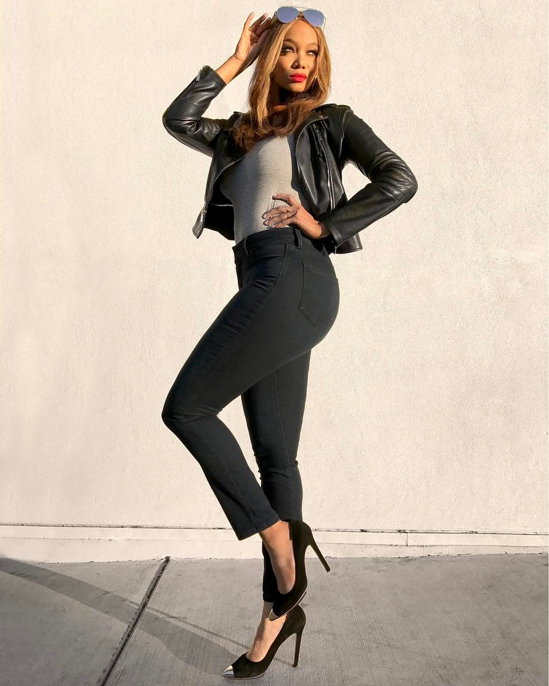 9e6e58ba2cc5c9 'America's Got Talent' hires Tyra Banks as new host to replace Nick Cannon  America's Got Talent has officially signed on Tyra Banks as its new host.  #AGT. '