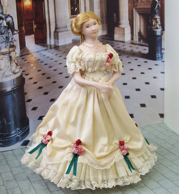 Victorian Lady (dollhouse size) by Tiggy Goldsmith/Mrs Tiggywinkle Dolls