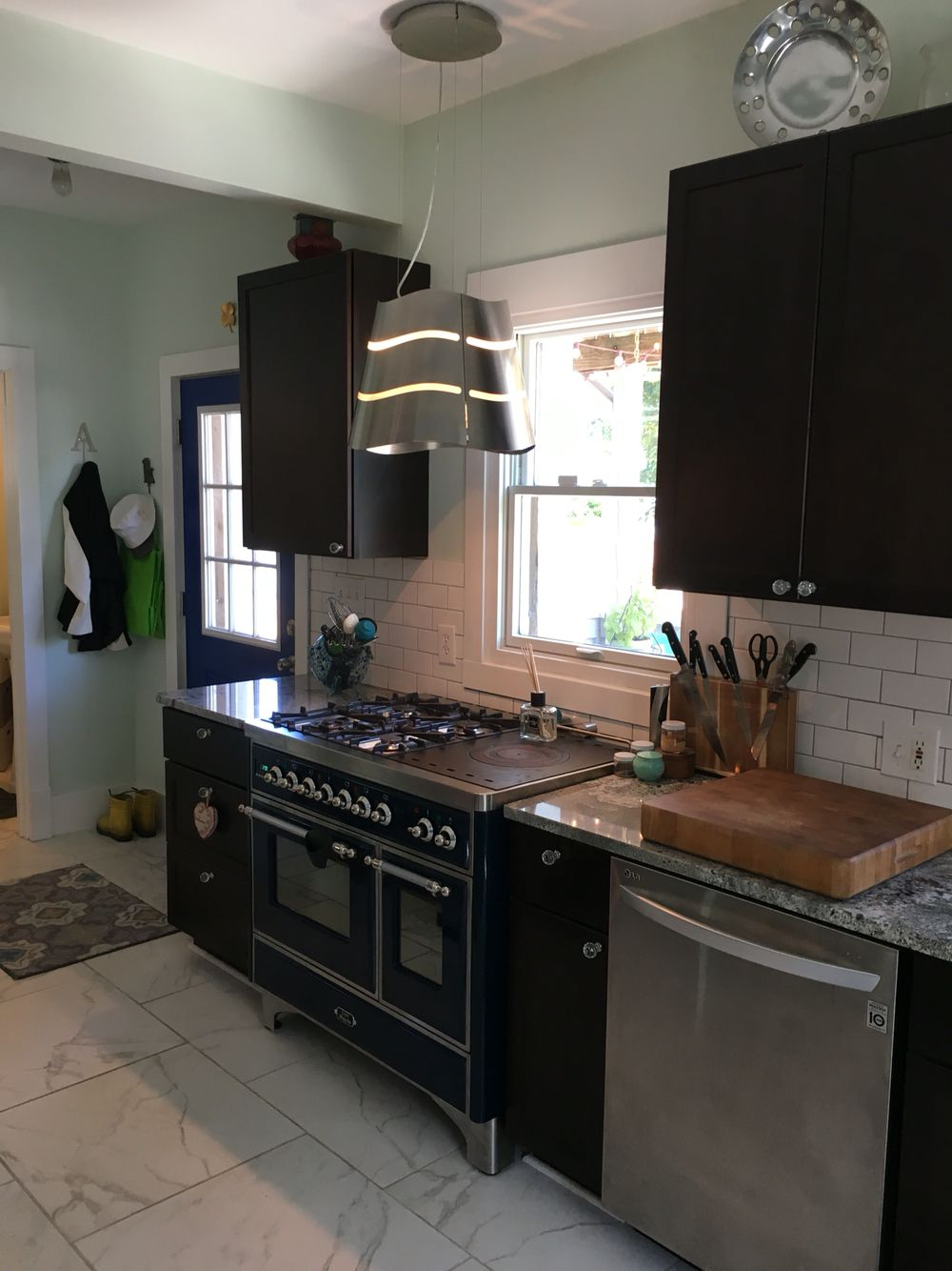 Ilve Stove Elica Hood Vent And A Coordinating Blue Door Home Decor Blue Door Ilve