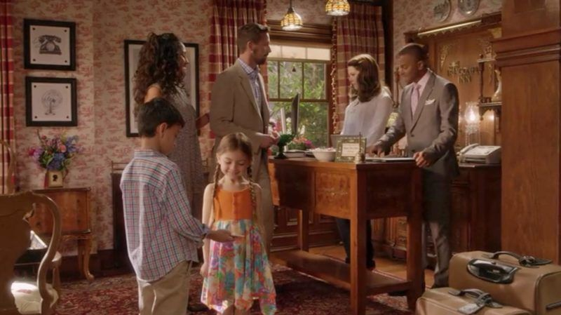 Café Design | Gilmore Girls – Then and Now