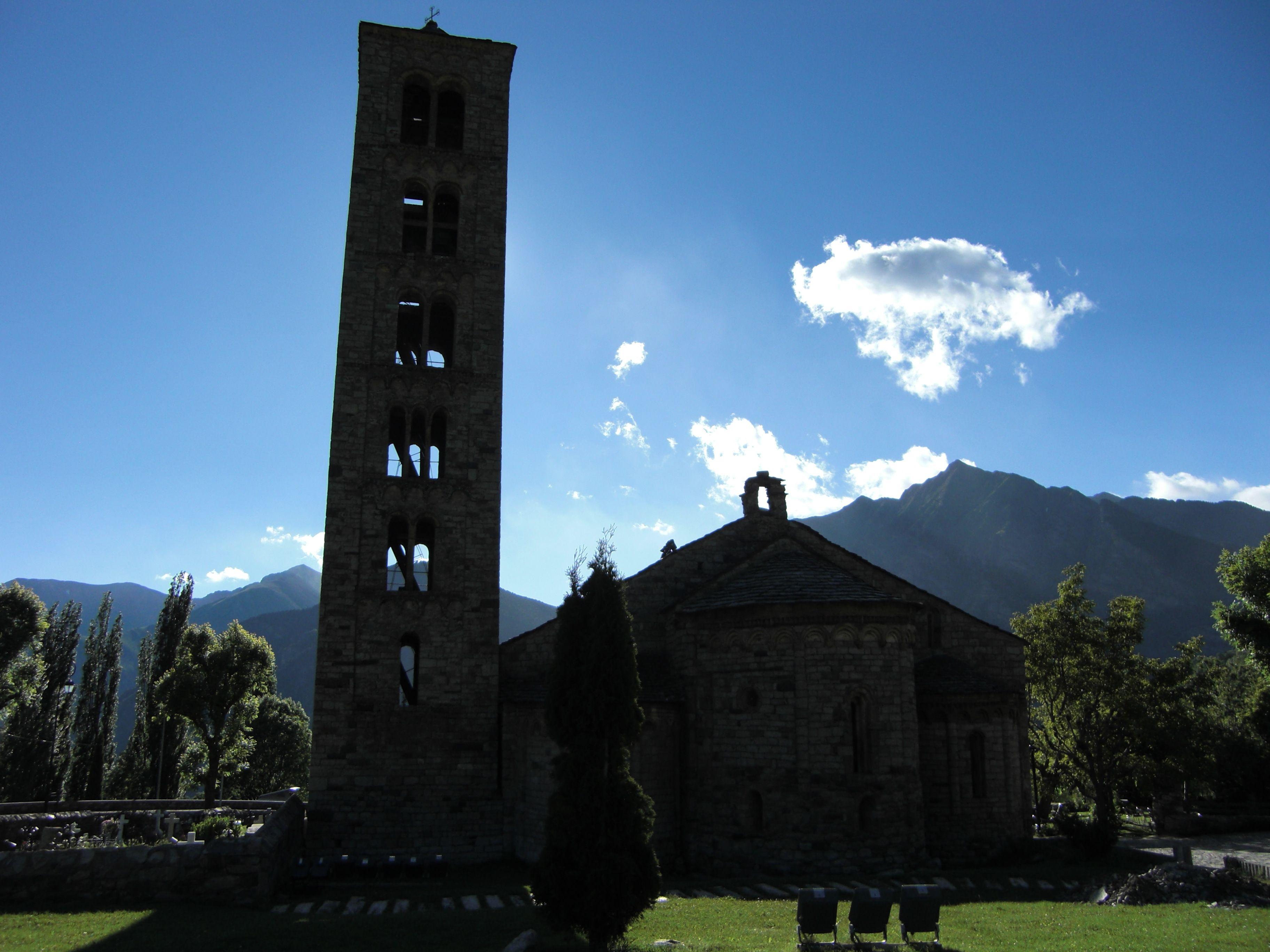 Arquitectura románica en el Pirineo