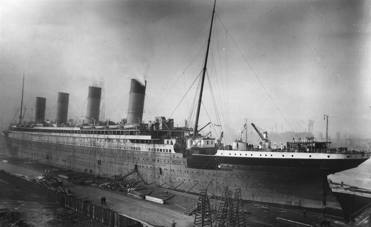 Titanic getting fitted out