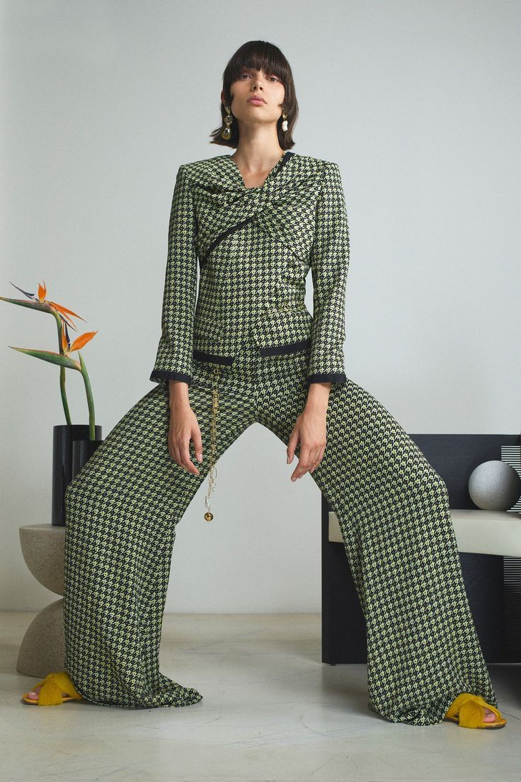 Hellessy Resort 2020 Fashion Show (With images) Fashion