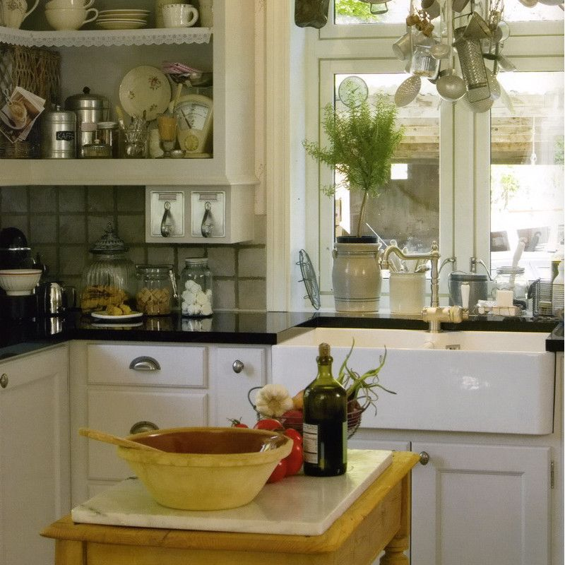Decoraci n de cocinas blancas favorite places spaces - Vajilla rustica ...