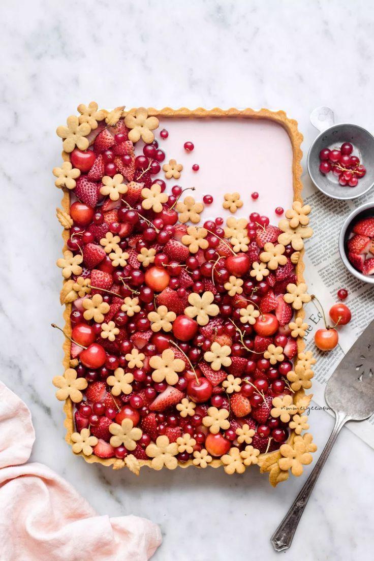 Erdbeer-Hibiskus-Blumentarte (vegan) #flowers