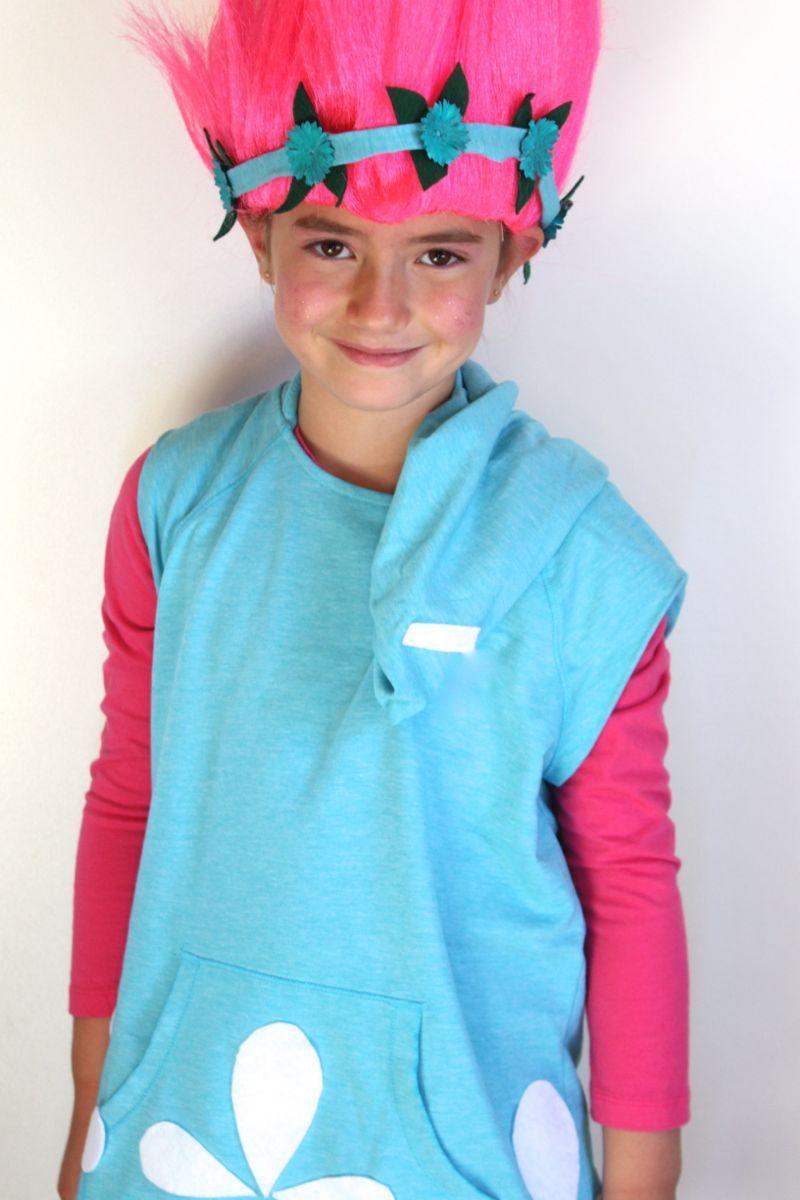 Dreamworks Trolls costume. DIY no-sew costume. Poppy with pink hair ...