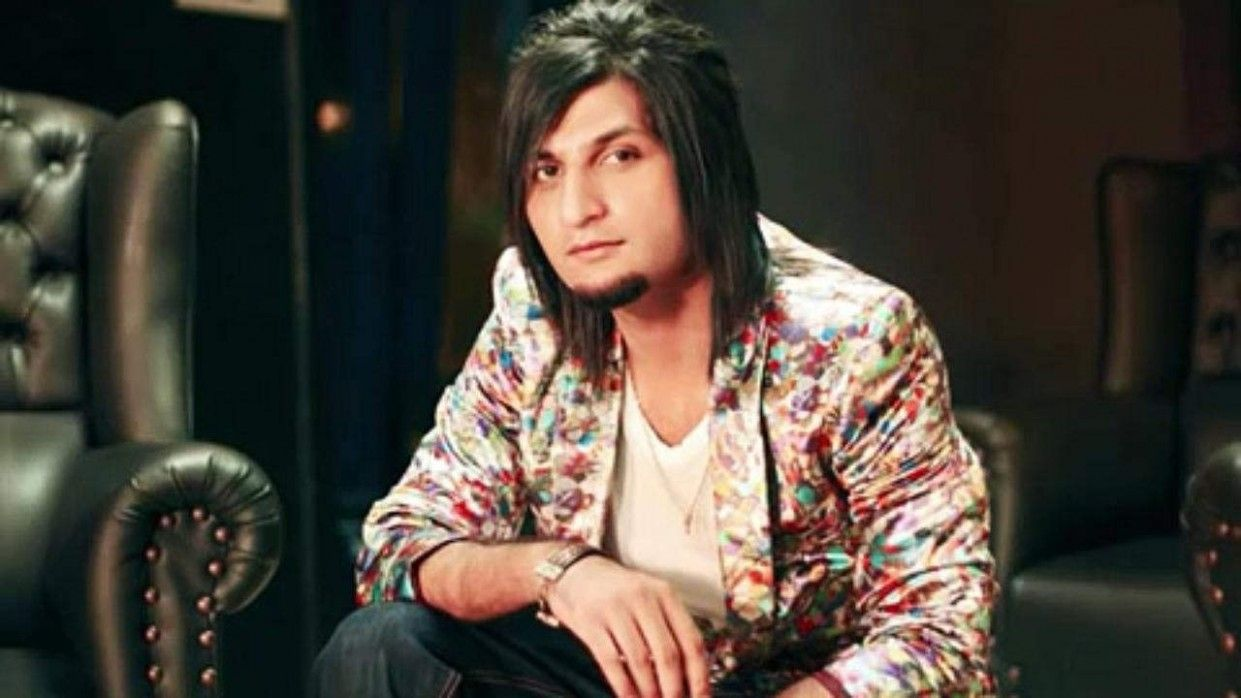 Bilal Saeed Long Hairstyle Long Hair Styles Hairstyle Best Background Images
